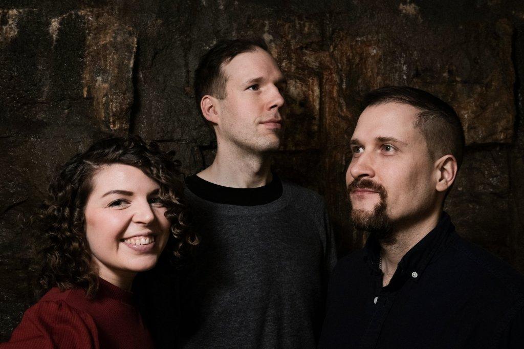 Hemmacoustic trio esiintyjä yhtye bändi