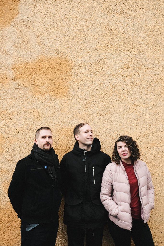Esiintyjä yhtye bändi trio